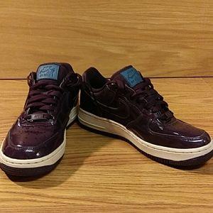 Purple Nike Air Force 1s Lows men's 6.5